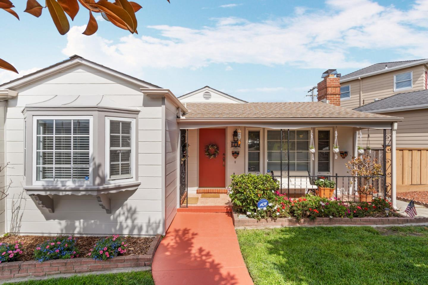 Detail Gallery Image 1 of 26 For 600 Acacia Ave, San Bruno, CA 94066 - 2 Beds | 1 Baths
