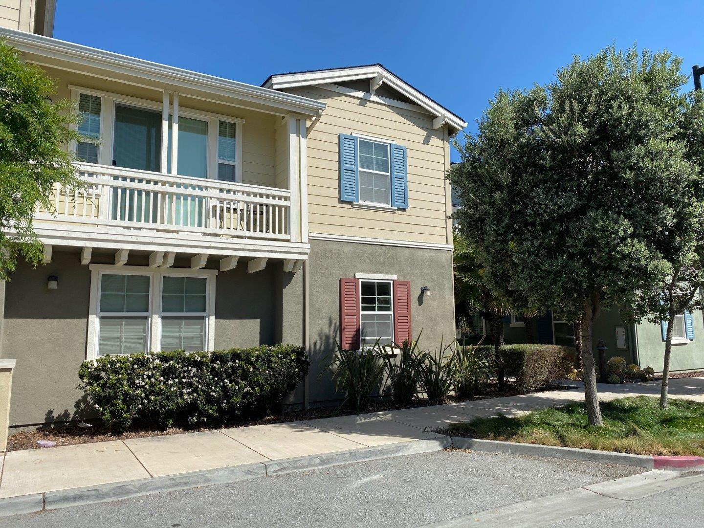 Detail Gallery Image 1 of 1 For 631 True Wind Way #213, Redwood City, CA 94063 - 2 Beds   2/1 Baths