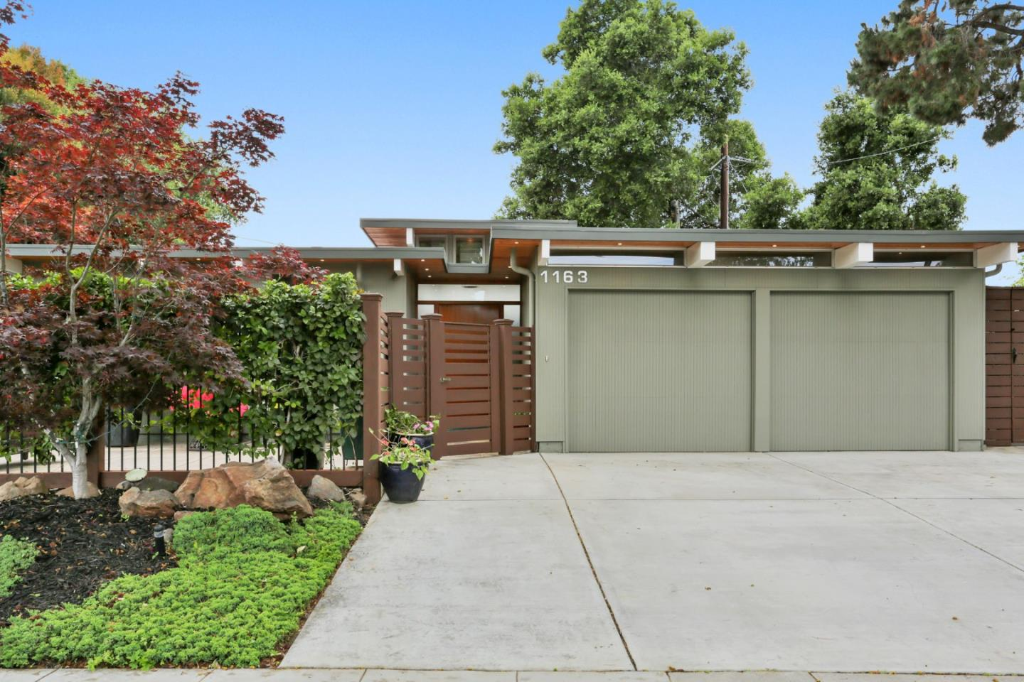Detail Gallery Image 1 of 1 For 1163 Pome Ave, Sunnyvale,  CA 94087 - 3 Beds | 2 Baths