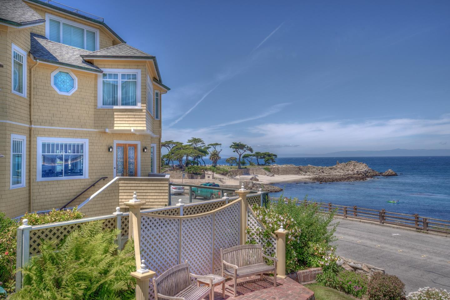 557 Ocean View BLVD Pacific Grove, CA 93950