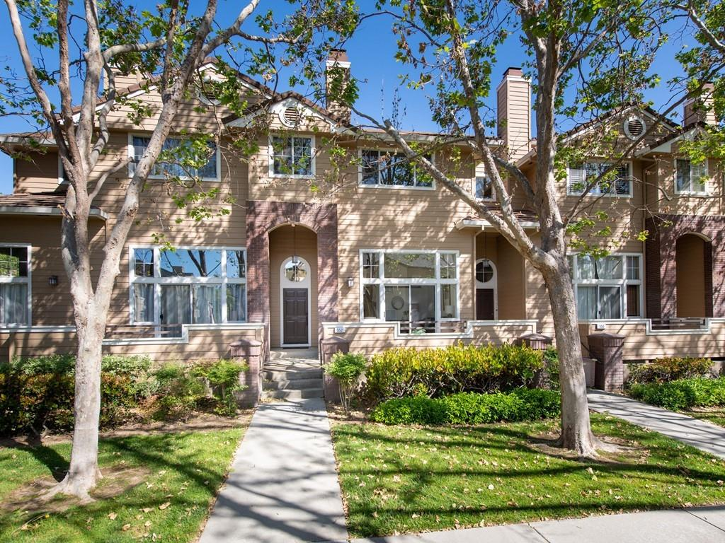 Detail Gallery Image 1 of 1 For 552 Mill River Ln, San Jose, CA 95134 - 2 Beds | 2/1 Baths