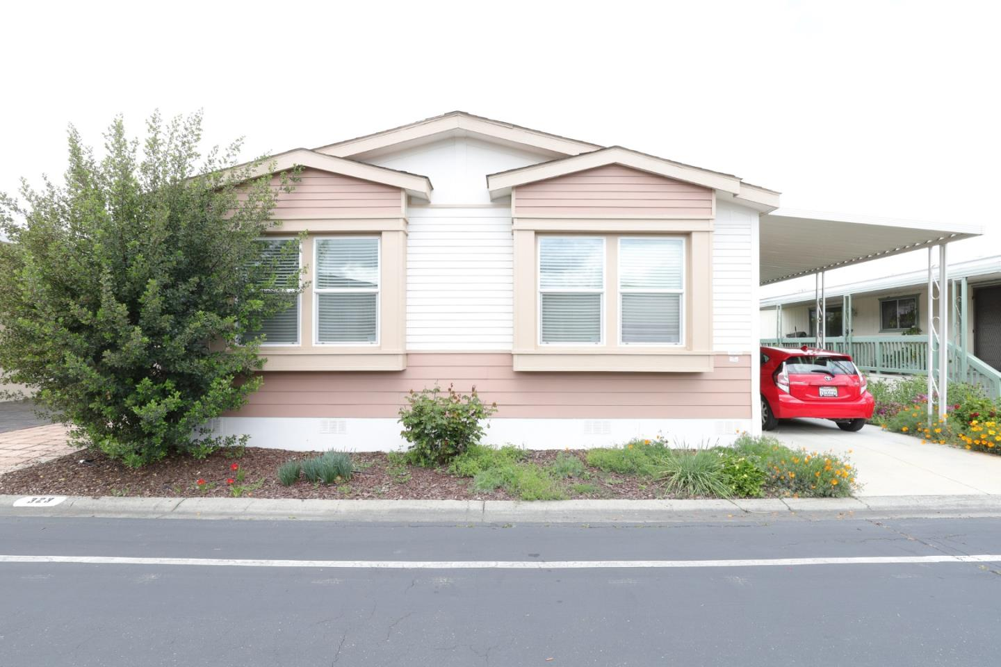 Detail Gallery Image 1 of 25 For 1225 Vienna Dr #323,  Sunnyvale,  CA 94089 - 3 Beds   2 Baths