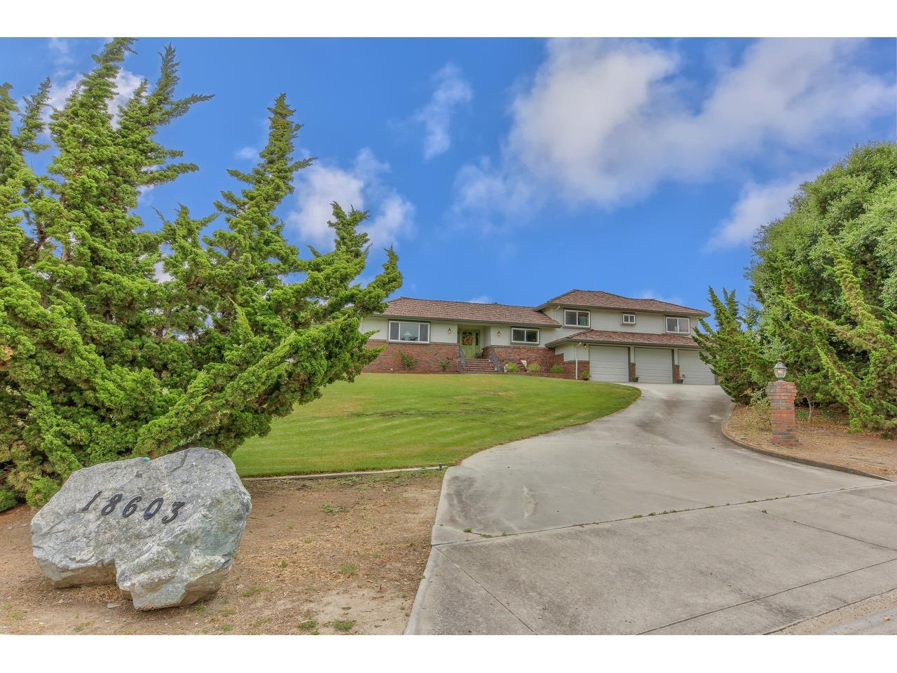 Detail Gallery Image 1 of 52 For 18603 Tara Dr, Salinas, CA 93908 - 4 Beds   2/1 Baths