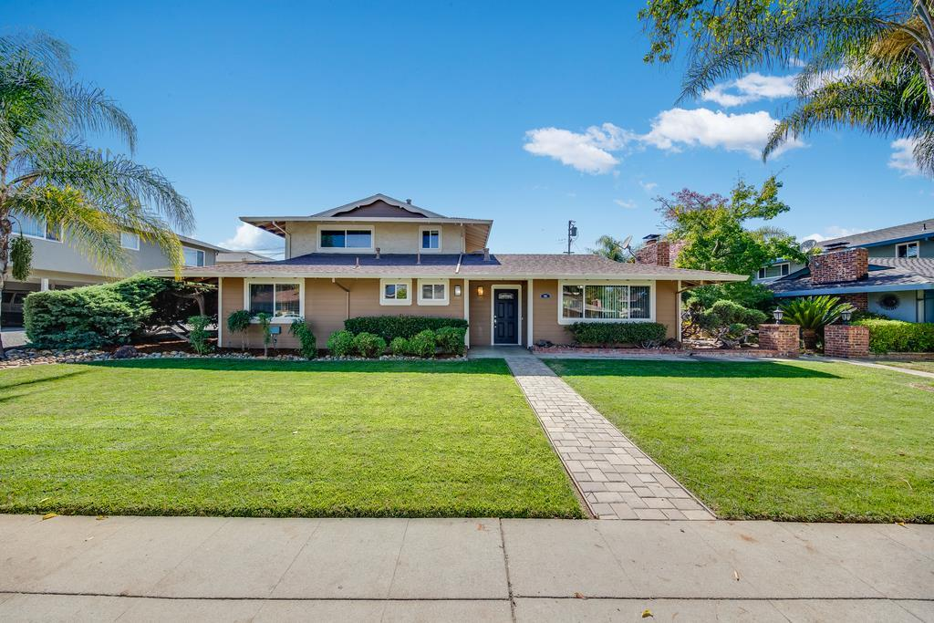916 Castlewood Drive Los Gatos, CA 95032