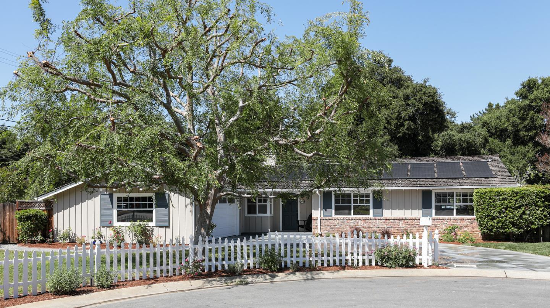 Detail Gallery Image 1 of 1 For 601 Castle Ln, Los Altos,  CA 94022 - 4 Beds   2/1 Baths