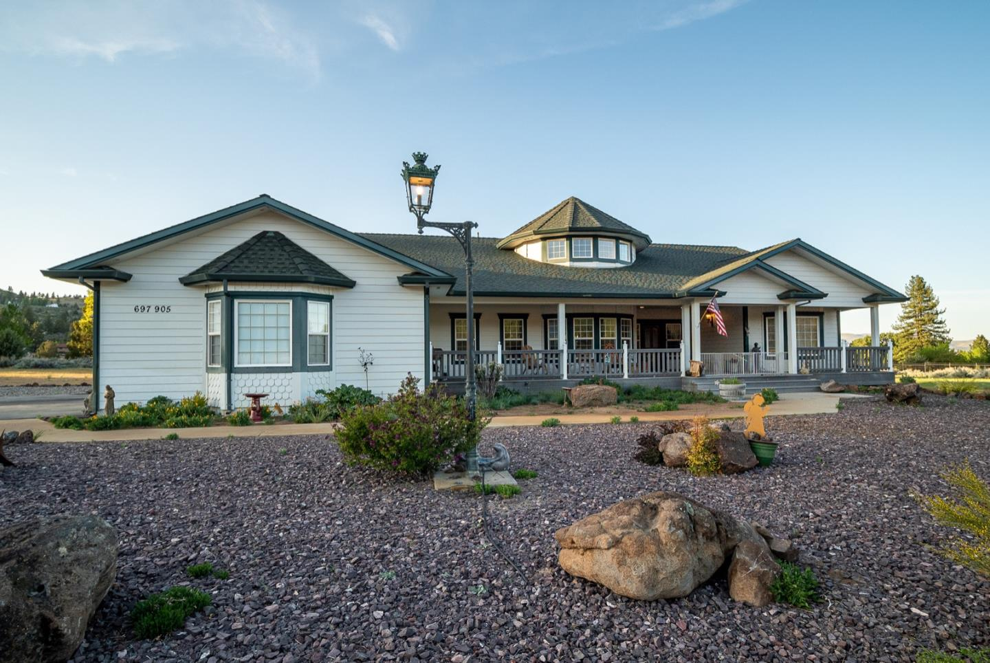 Detail Gallery Image 1 of 26 For 697-905 Hill Creek Rd, Susanville,  CA 96130 - 3 Beds | 2 Baths