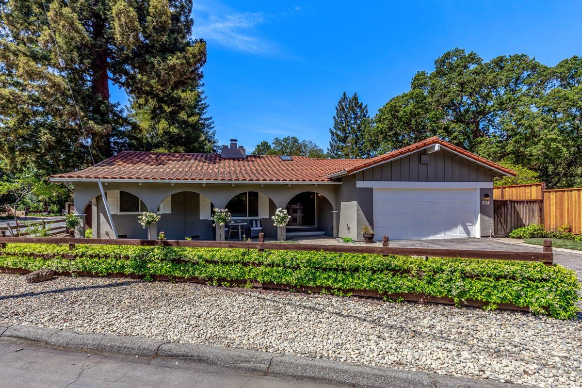 1242 Gronwall Lane Los Altos, CA 94024