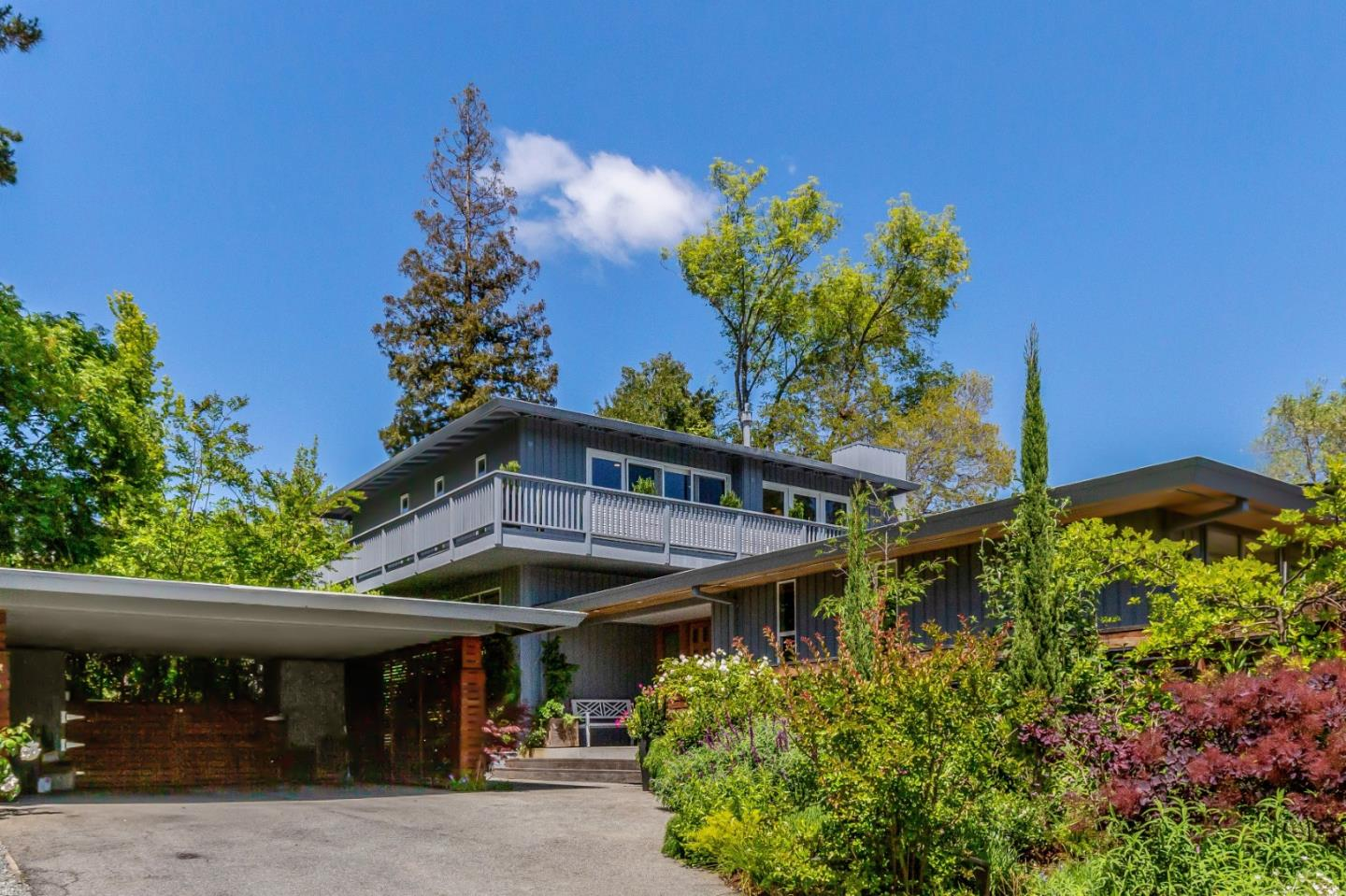 812 Mayfield Avenue Stanford, CA 94305