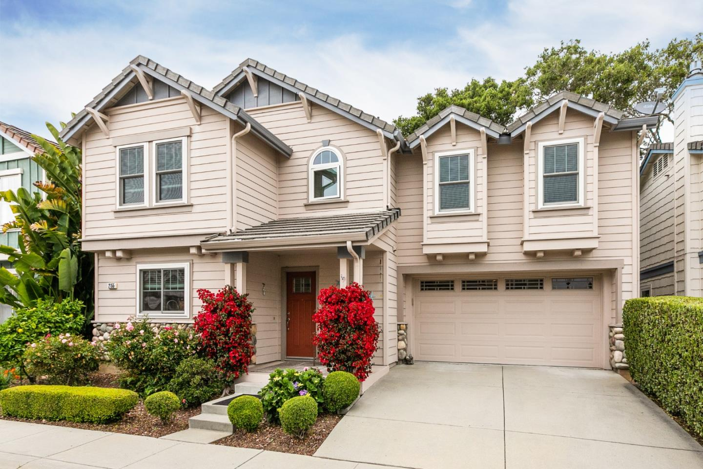 Detail Gallery Image 1 of 1 For 2155 Francesco Cir, Capitola, CA 95010 - 3 Beds | 2/1 Baths