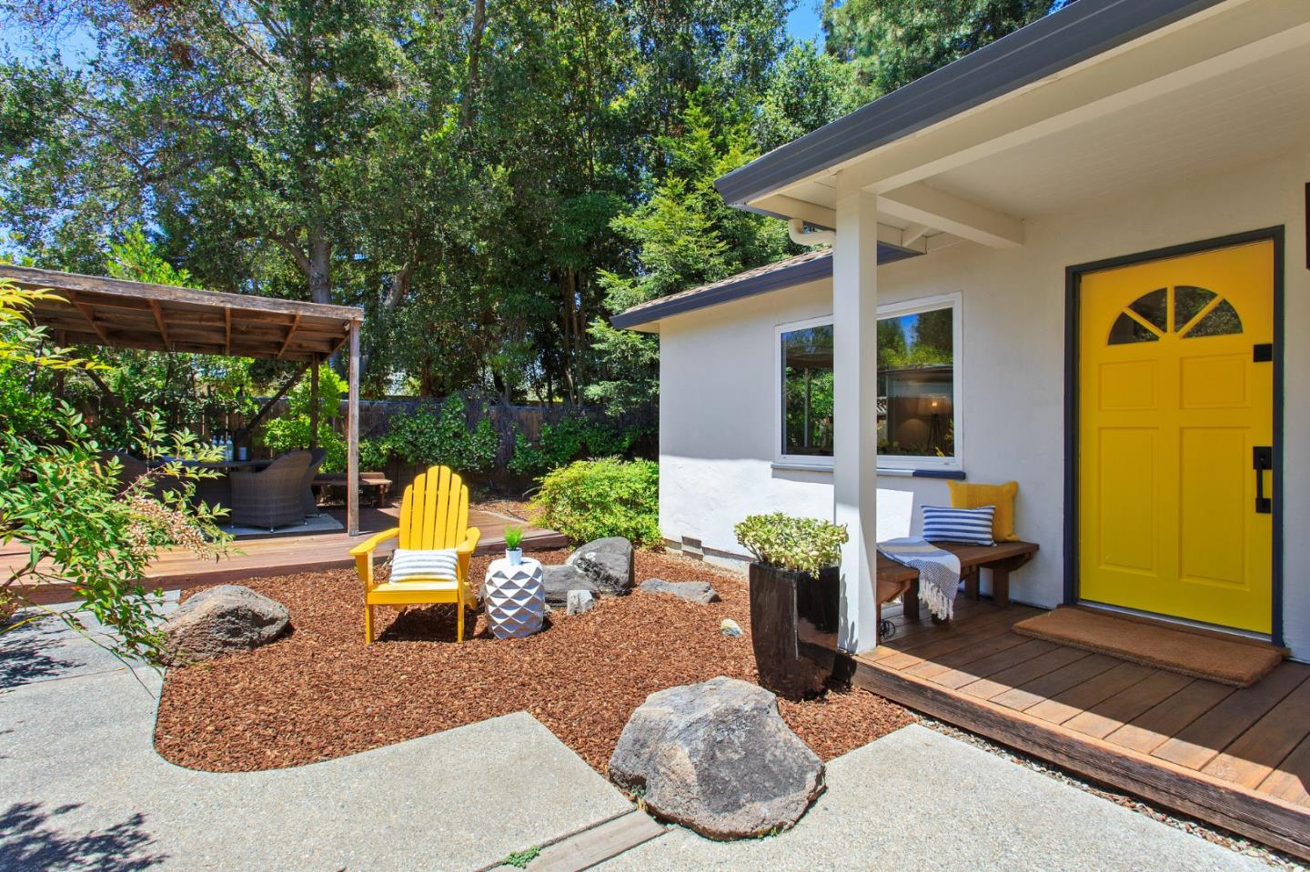 Detail Gallery Image 1 of 1 For 820 Chimalus Dr, Palo Alto,  CA 94306 - 3 Beds   1/1 Baths