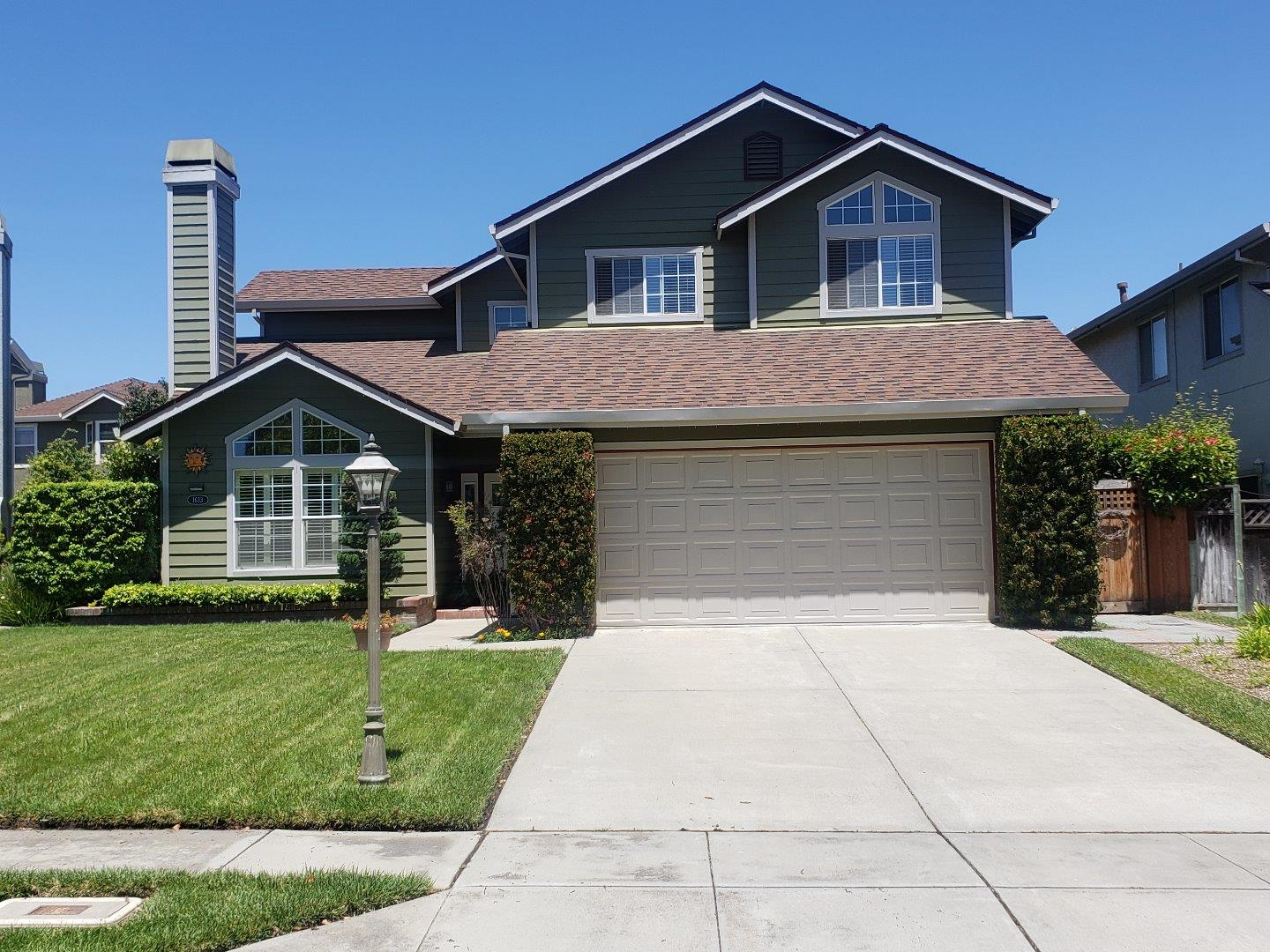 Detail Gallery Image 1 of 26 For 1633 Bennington Ct, Salinas, CA 93906 - 4 Beds | 2/1 Baths