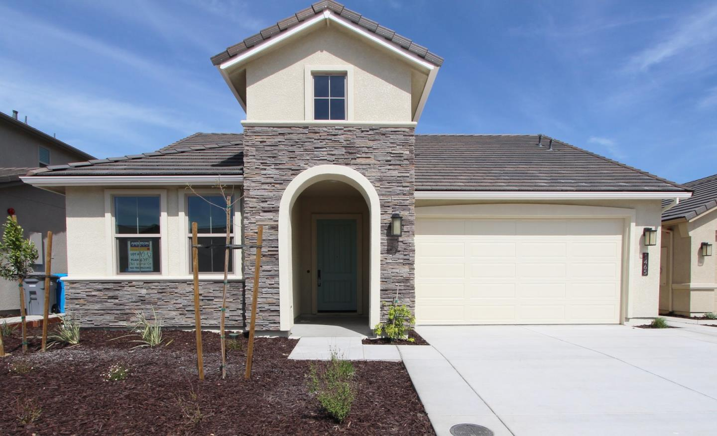 Detail Gallery Image 1 of 1 For 1462 Wildrye #10-24, Hollister, CA 95023 - 3 Beds | 2 Baths