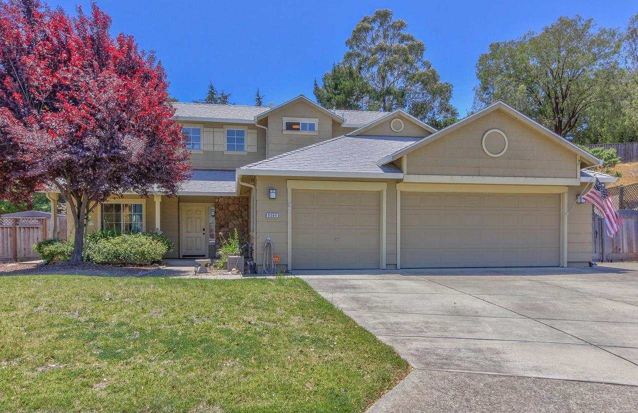 Detail Gallery Image 1 of 26 For 9564 Stone Oak Ct, Salinas, CA 93907 - 3 Beds | 2/1 Baths