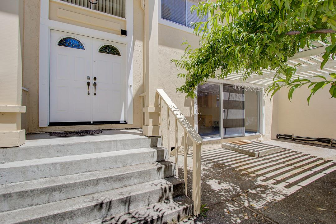 Detail Gallery Image 1 of 1 For 1014 Hyde Ave, San Jose,  CA 95129 - 3 Beds   2/1 Baths