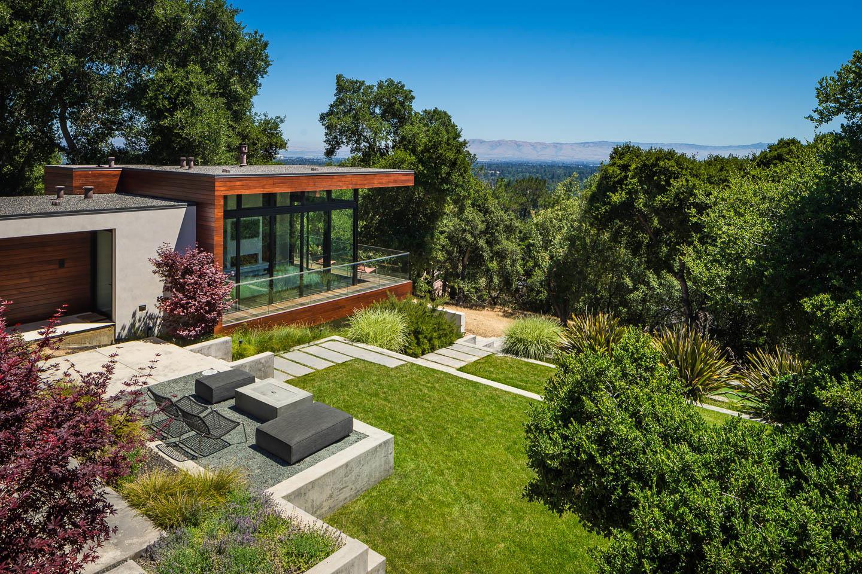 10718 Mora DR Los Altos Hills, CA 94024