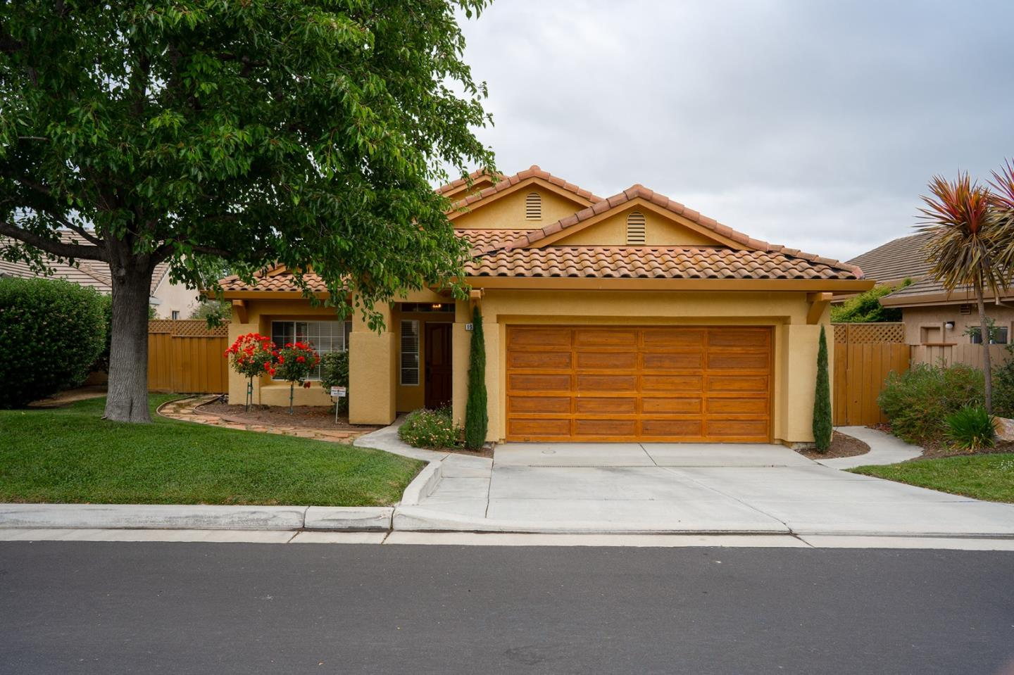 Detail Gallery Image 1 of 1 For 19123 Garden Valley Way, Salinas,  CA 93908 - 3 Beds | 2 Baths