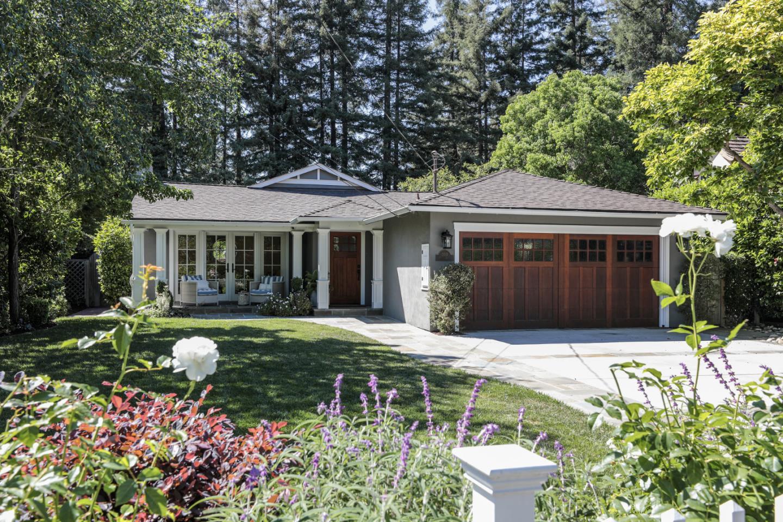 Detail Gallery Image 1 of 1 For 200 Felton Dr, Menlo Park,  CA 94025 - 4 Beds   2/1 Baths