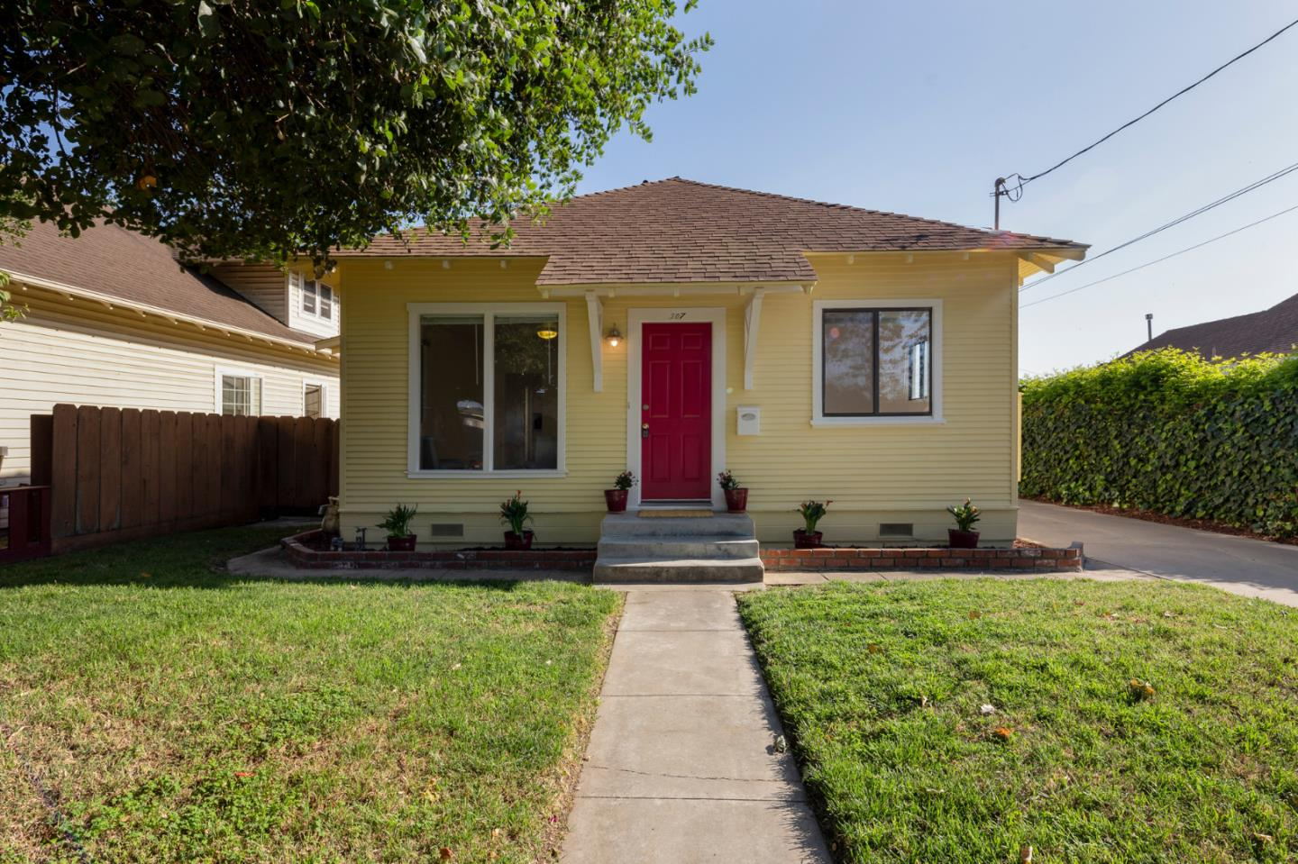 Detail Gallery Image 1 of 1 For 307 Geil St, Salinas, CA 93901 - 3 Beds | 1/1 Baths