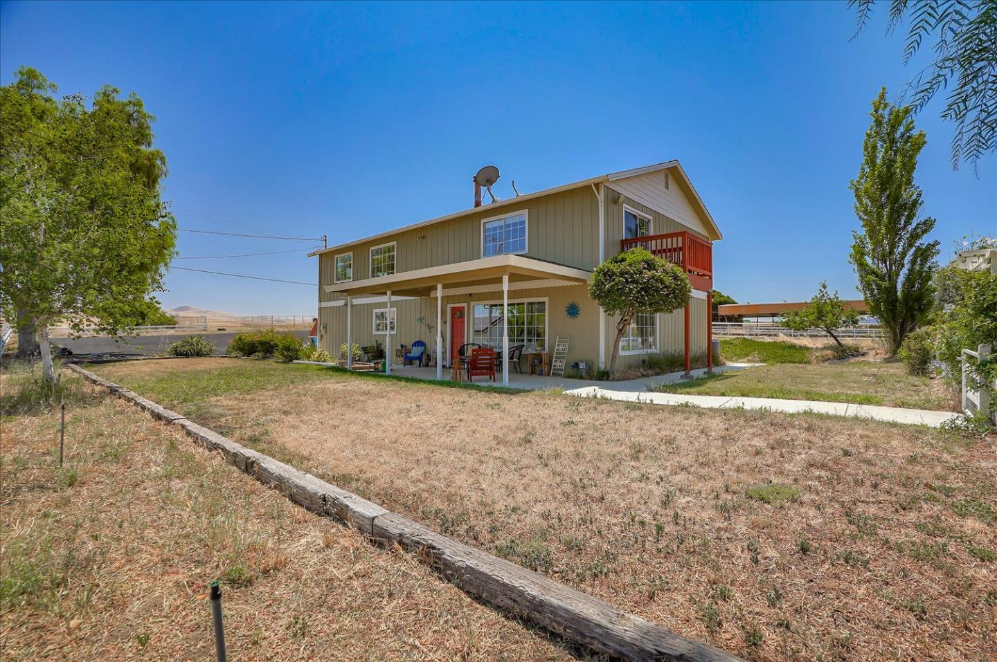 Detail Gallery Image 1 of 56 For 313 Mansfield Rd, Hollister, CA 95023 - 4 Beds | 2 Baths