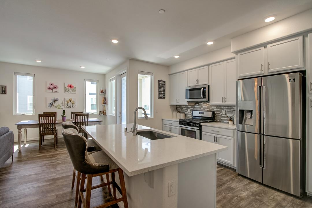 Detail Gallery Image 1 of 55 For 1435 Nightshade Rd #21, Milpitas, CA 95035 - 2 Beds | 2 Baths