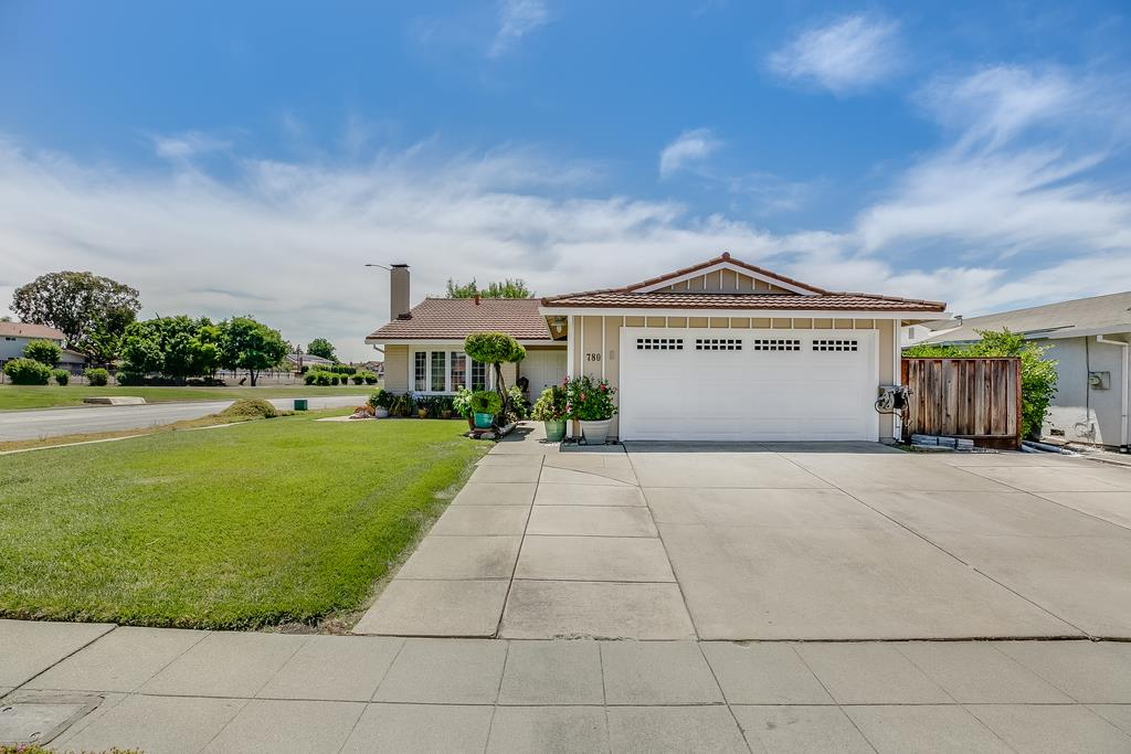 Detail Gallery Image 1 of 1 For 780 Tramway Dr, Milpitas, CA 95035 - 4 Beds | 2 Baths