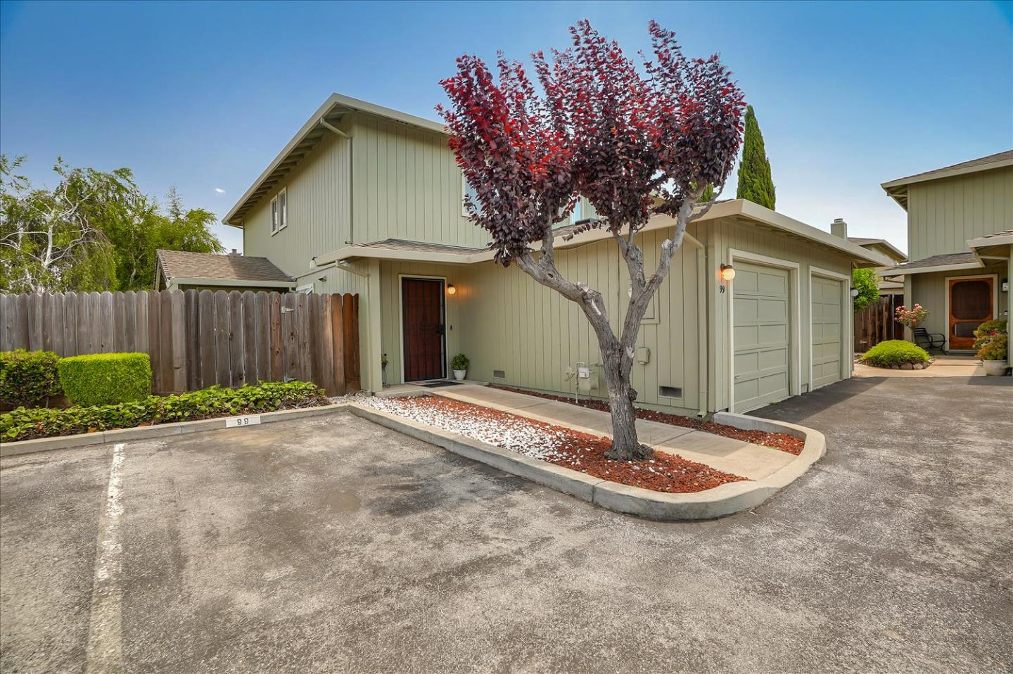 Detail Gallery Image 1 of 1 For 99 Knight Ln, Hollister, CA 95023 - 2 Beds | 2/1 Baths