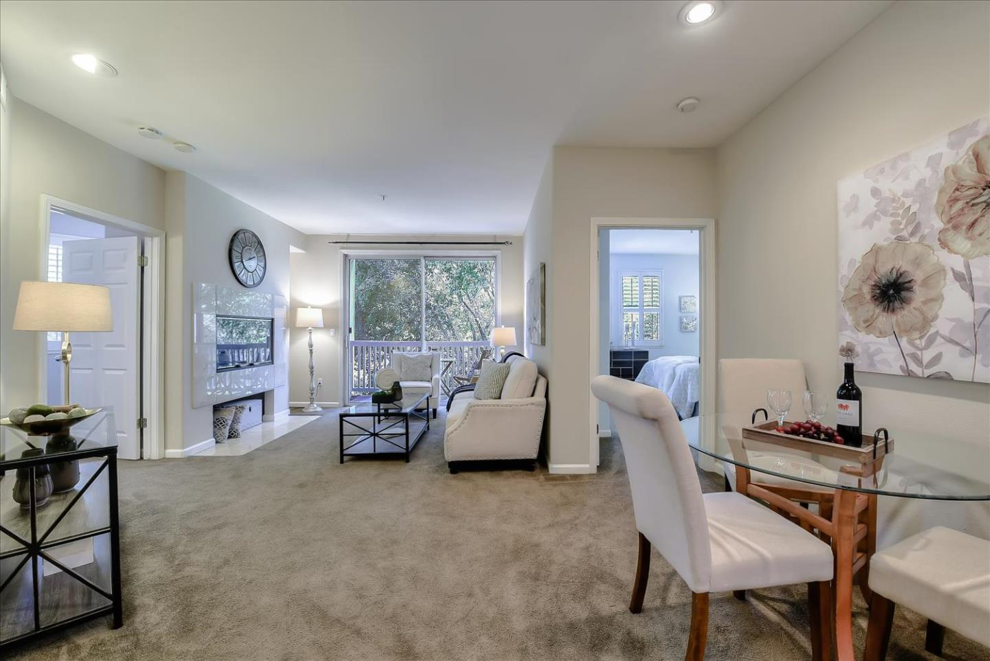 Detail Gallery Image 1 of 33 For 903 Sunrose Ter #111,  Sunnyvale,  CA 94086 - 2 Beds | 2 Baths