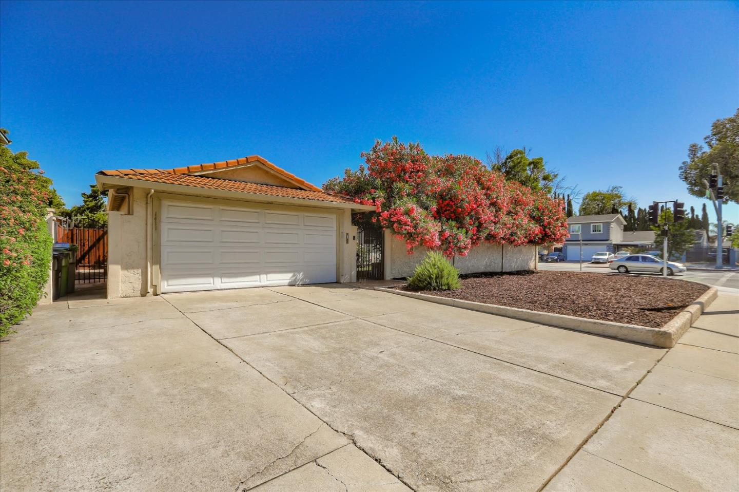 Detail Gallery Image 1 of 1 For 1411 Hillsdale Ave, San Jose,  CA 95118 - 3 Beds | 2 Baths