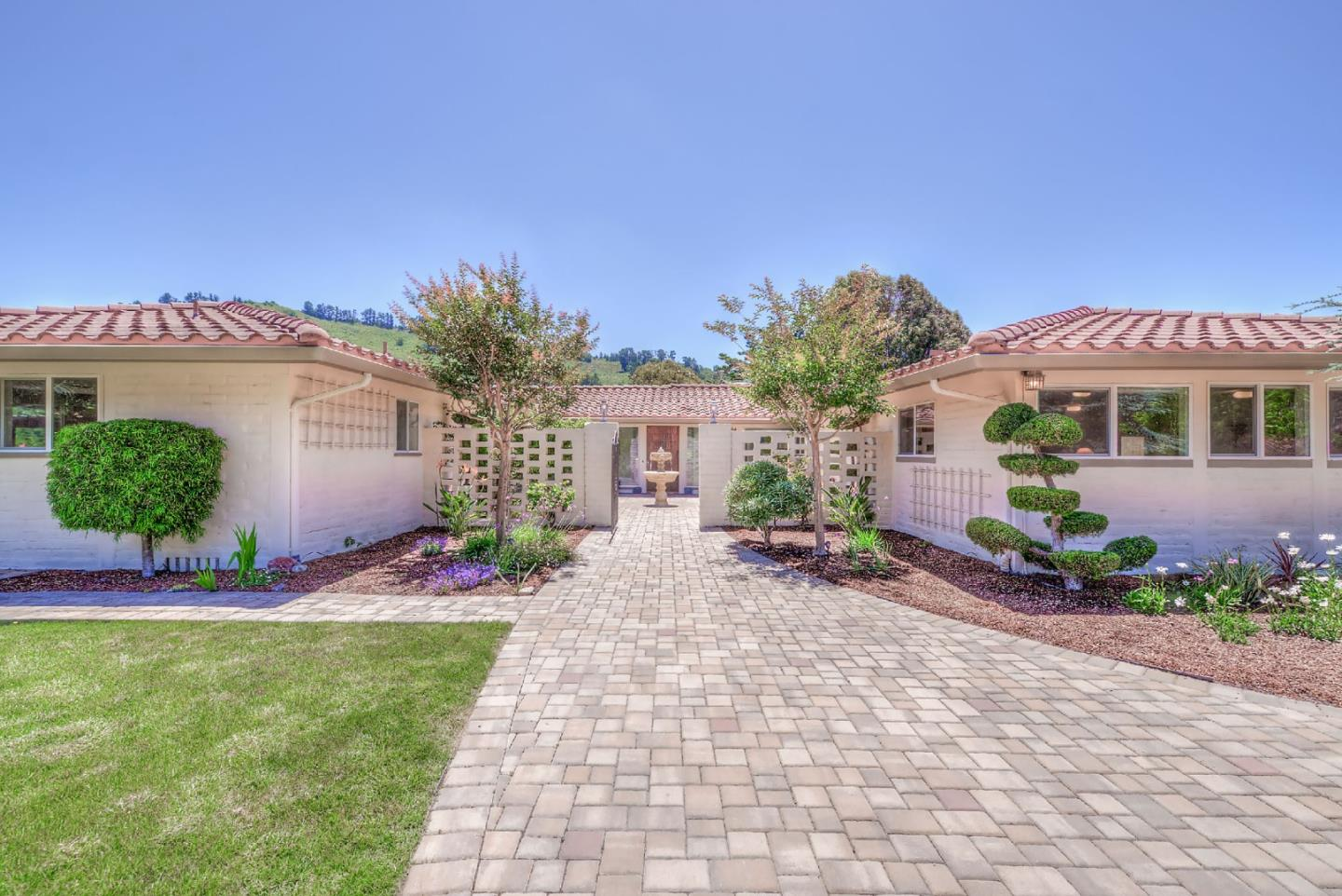 Detail Gallery Image 1 of 1 For 22641 Equipoise Rd, Monterey, CA 93940 - 4 Beds | 3/1 Baths