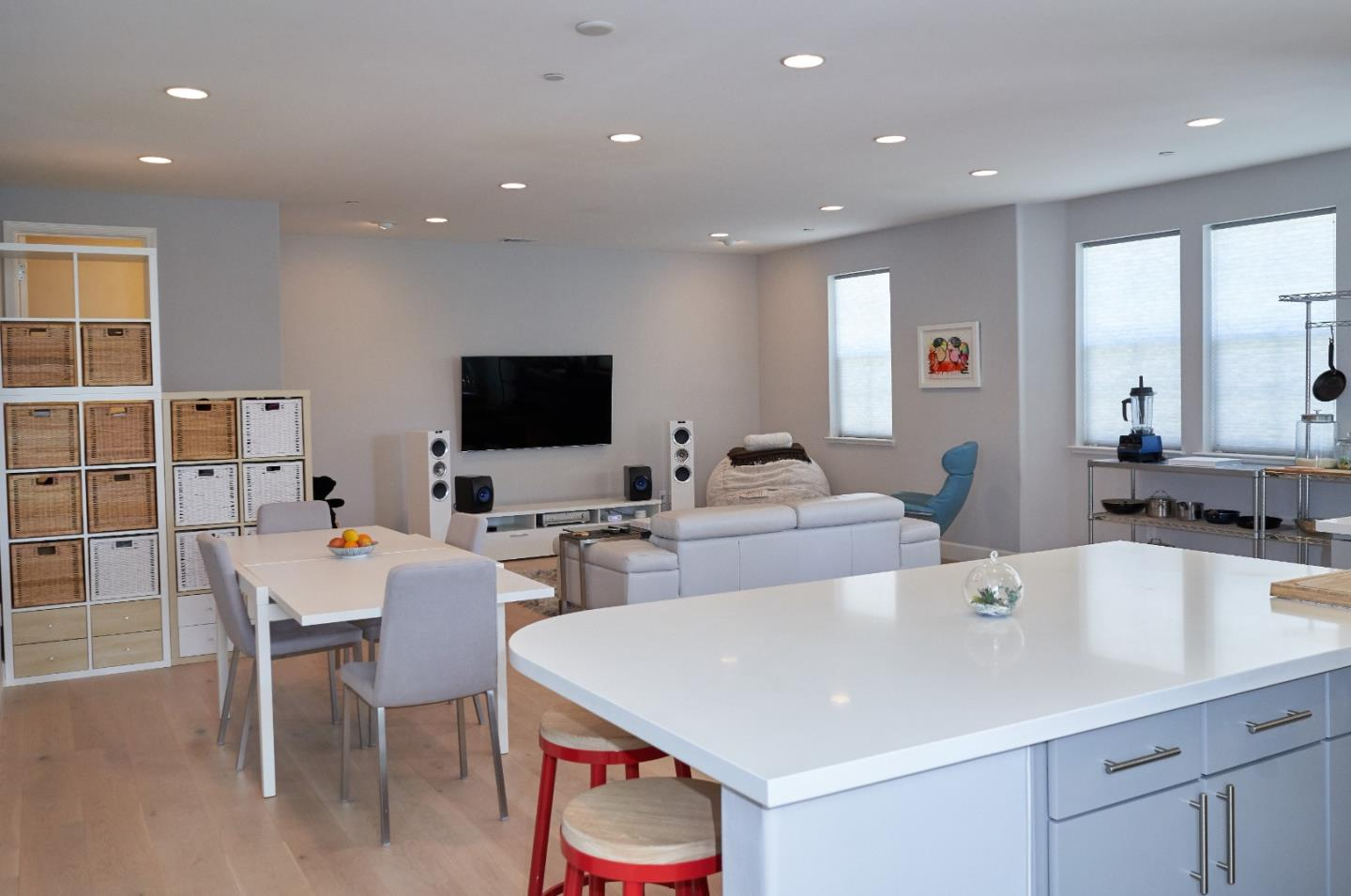 Detail Gallery Image 1 of 1 For Bair Island Rd,  Redwood City,  CA 94063 - 2 Beds   2/1 Baths
