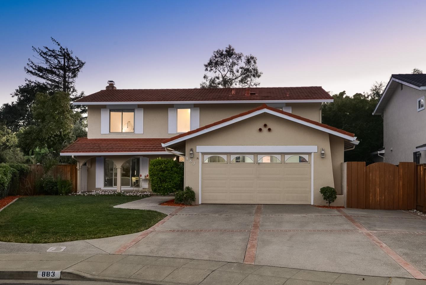 Detail Gallery Image 1 of 1 For 883 Laburnum Dr, Sunnyvale,  CA 94086 - 4 Beds | 2/1 Baths