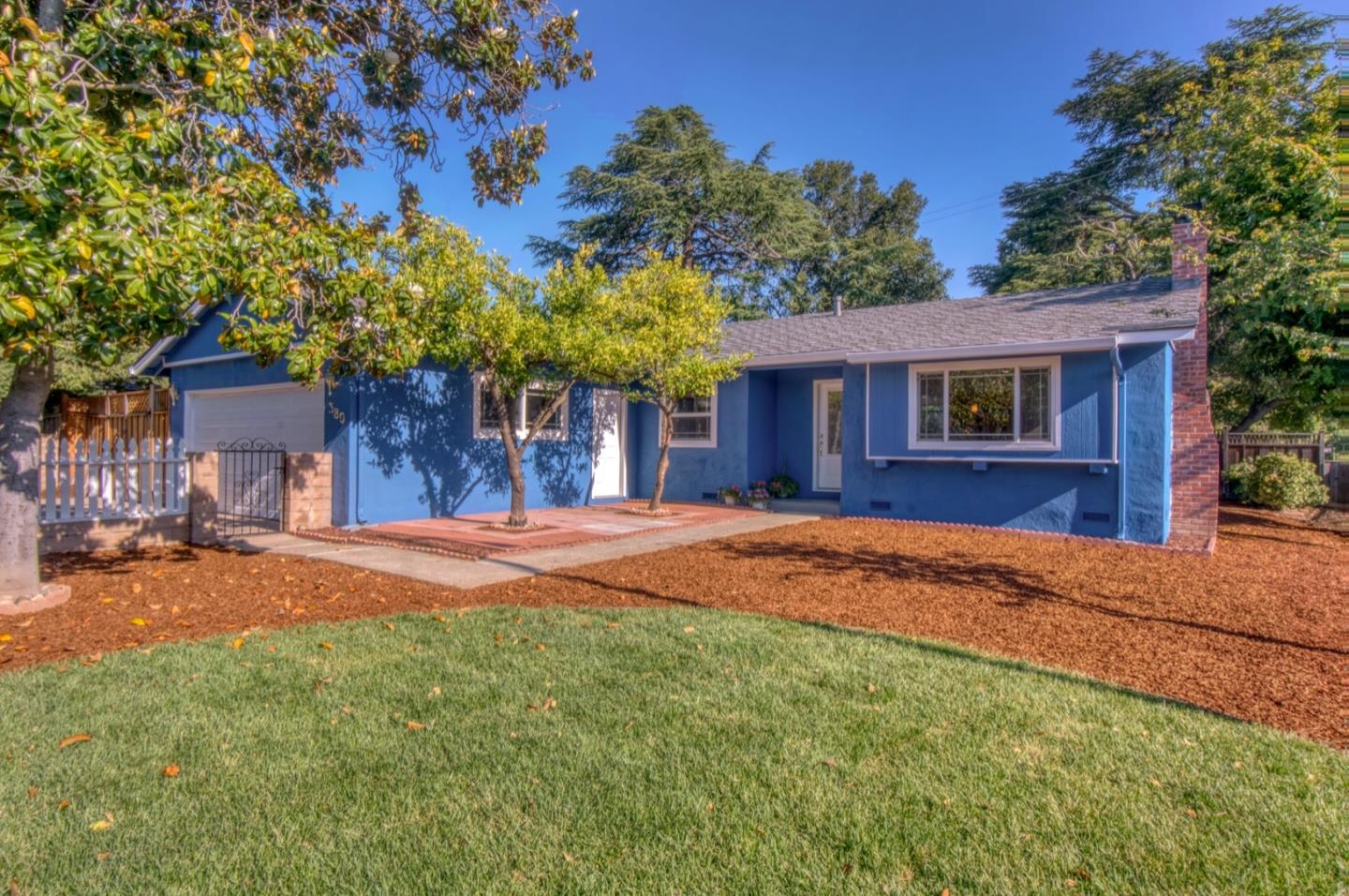 Detail Gallery Image 1 of 35 For 380 Blackwell Dr, Los Gatos,  CA 95032 - 3 Beds | 2 Baths