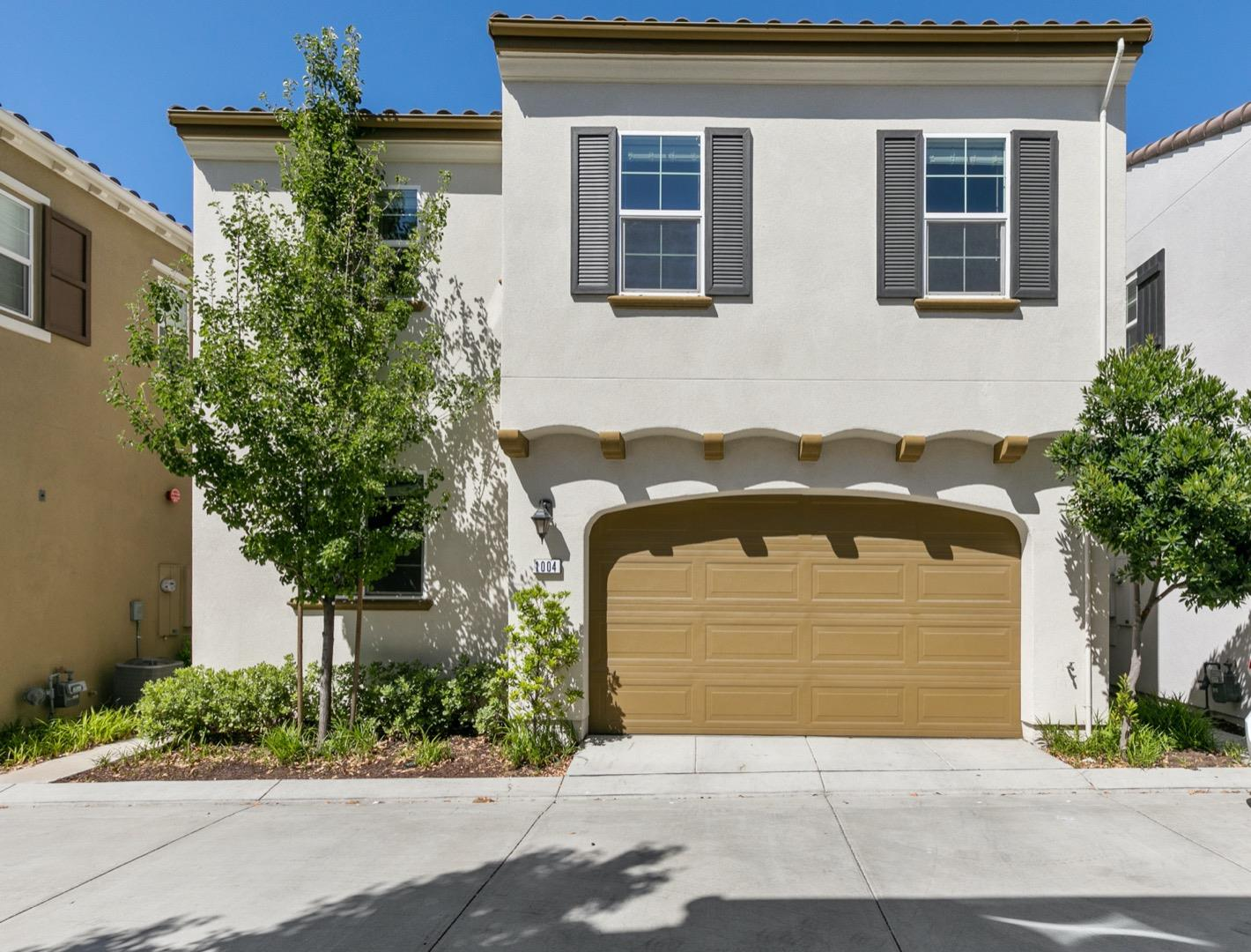 Detail Gallery Image 1 of 1 For 1004 Applewood Dr, San Ramon, CA 94582 - 3 Beds | 2/1 Baths