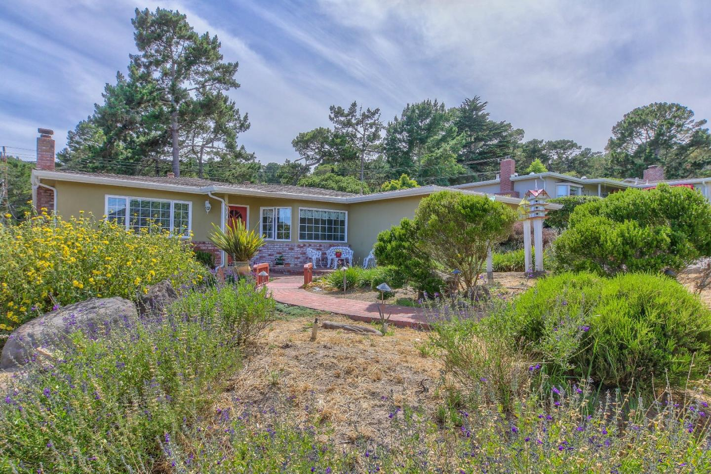 Detail Gallery Image 1 of 56 For 621 Toyon Dr., Monterey,  CA 93940 - 3 Beds | 2 Baths