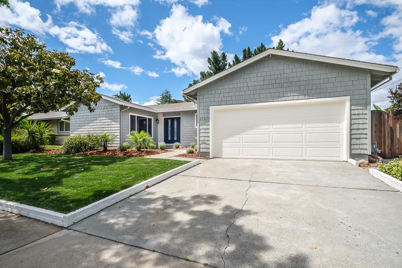 Detail Gallery Image 1 of 32 For 20611 Mcclellan Rd, Cupertino, CA 95014 - 3 Beds | 2 Baths