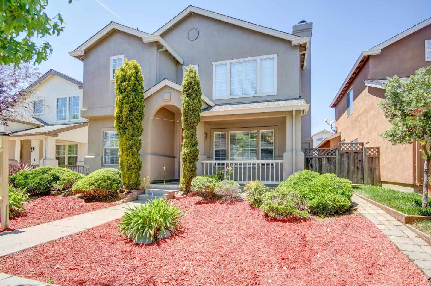 Detail Gallery Image 1 of 1 For 1627 Beacon Hill Dr, Salinas, CA 93906 - 4 Beds | 2/1 Baths