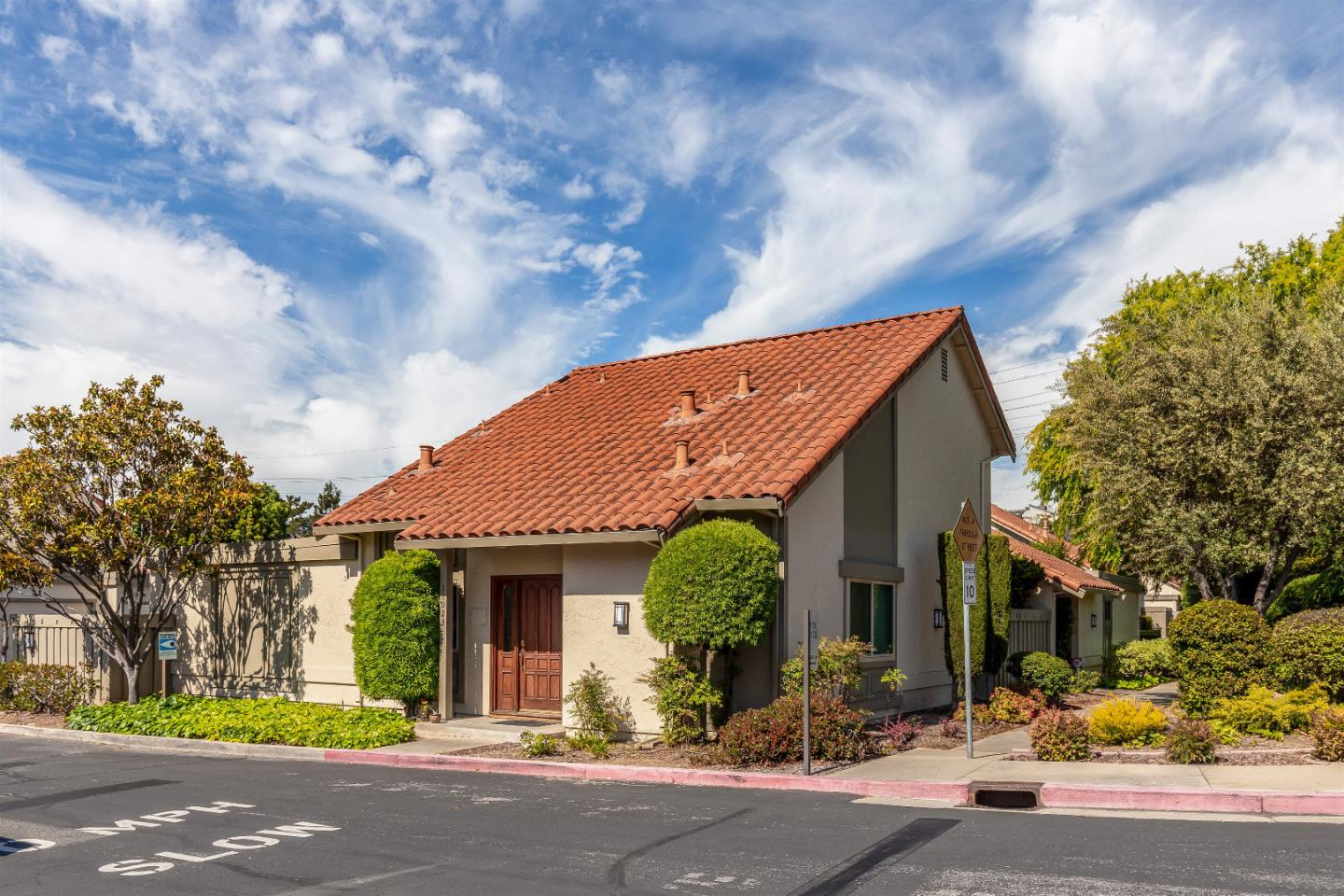 Detail Gallery Image 1 of 1 For 11003 Sweet Oak St, Cupertino, CA 95014 - 2 Beds | 2 Baths
