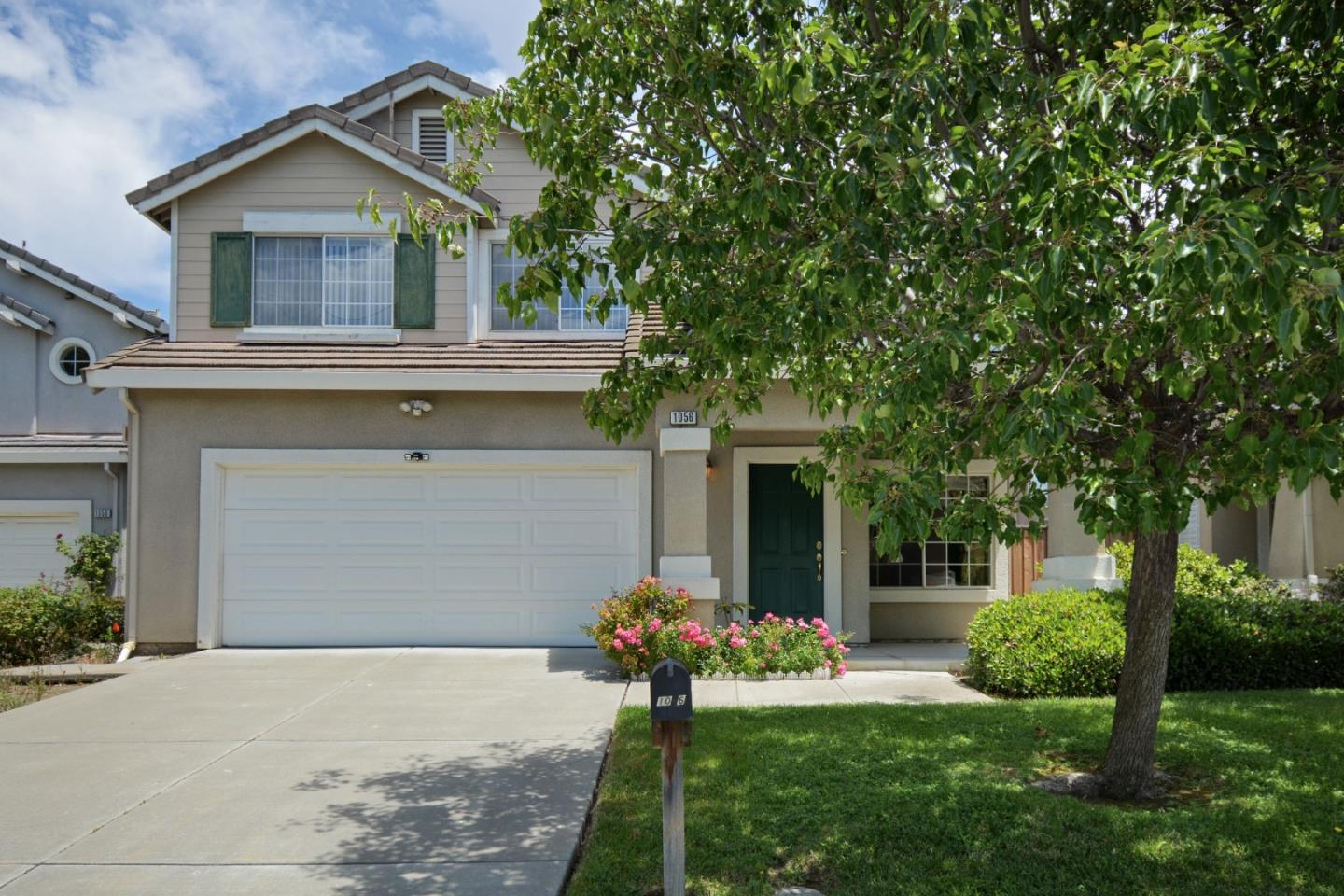 Detail Gallery Image 1 of 1 For 1056 Starlite Dr, Milpitas, CA 95035 - 4 Beds | 2/1 Baths