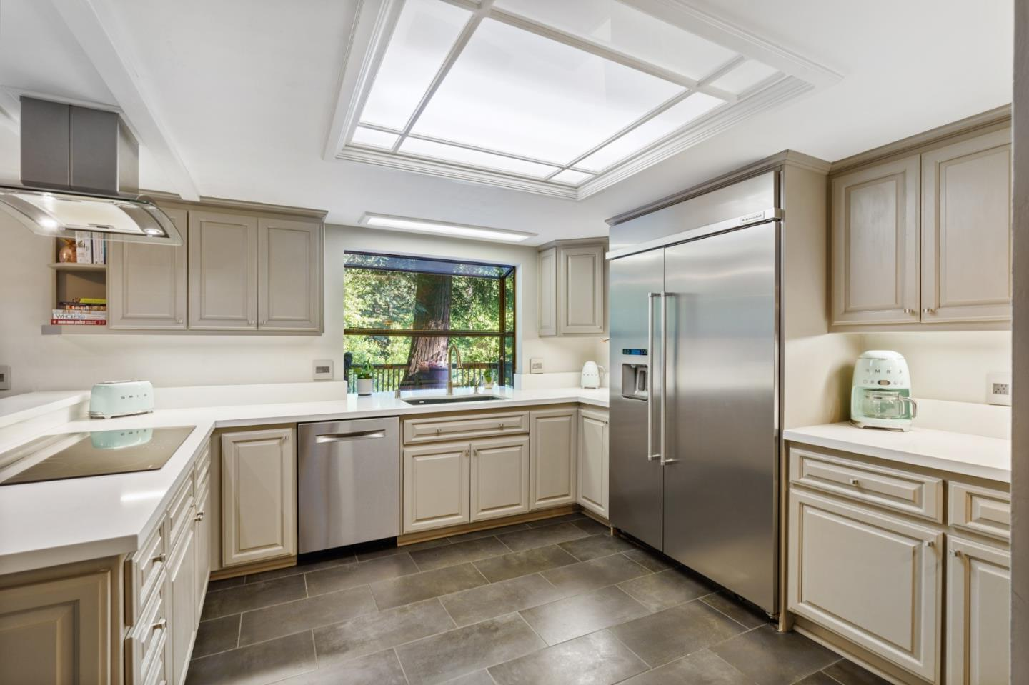 Detail Gallery Image 1 of 1 For 23579 Sky View Ter, Los Gatos,  CA 95033 - 4 Beds   3 Baths