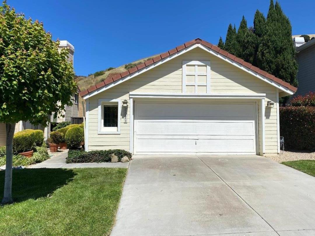 Detail Gallery Image 1 of 1 For 21163 Old Ranch Ct, Salinas, CA 93908 - 2 Beds   2 Baths