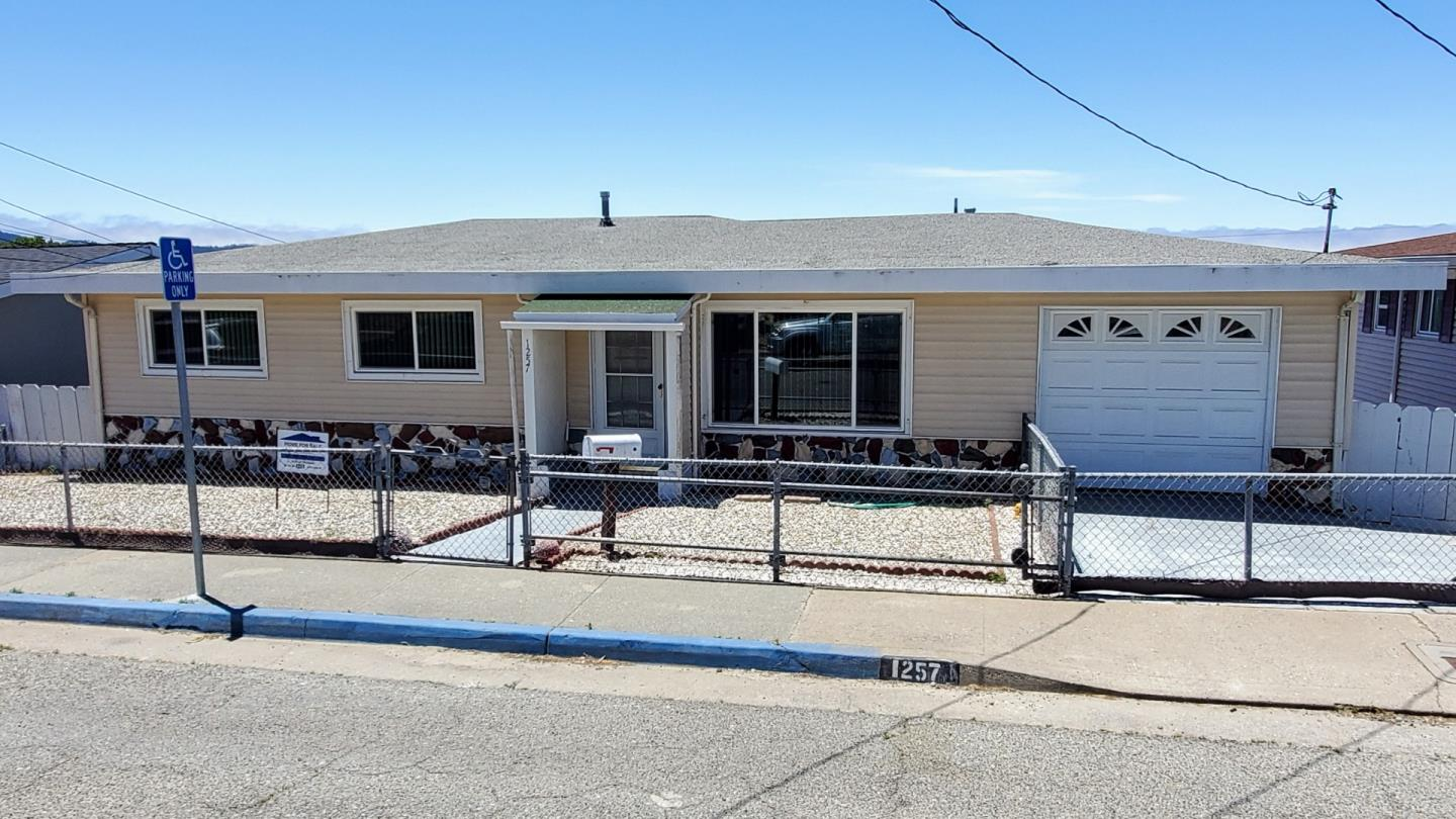 Photo of 1257 Vallejo ST, SEASIDE, CA 93955