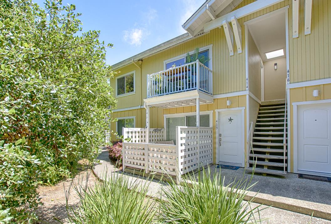 Detail Gallery Image 1 of 1 For 755 14th Ave #414, Santa Cruz, CA 95062 - 1 Beds | 1 Baths