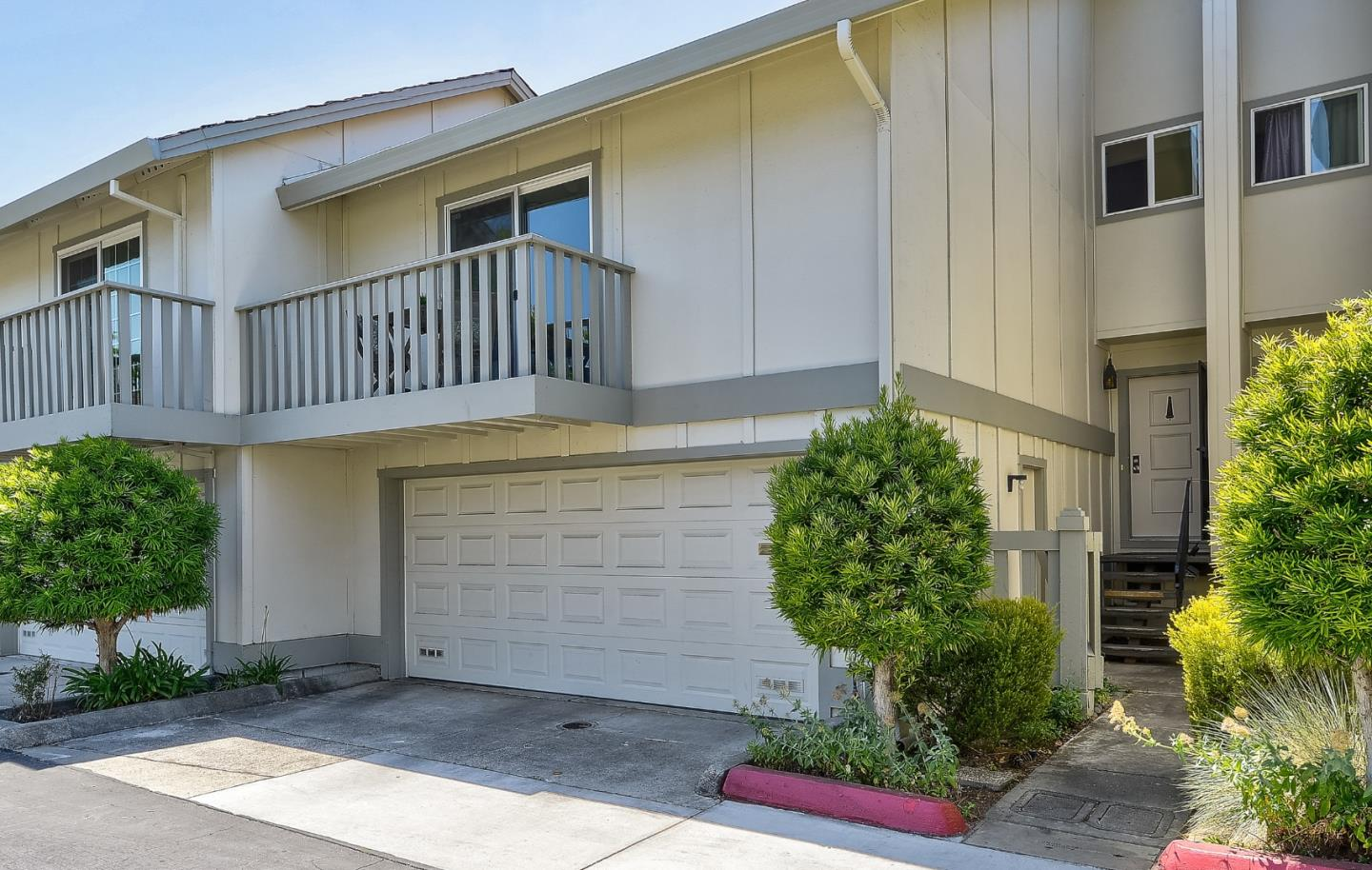 Detail Gallery Image 1 of 29 For 20297 Northbrook Sq, Cupertino, CA 95014 - 3 Beds | 2 Baths