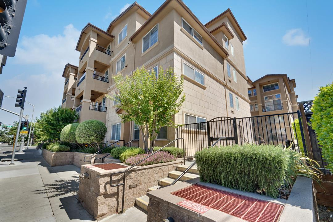 Detail Gallery Image 1 of 1 For 88 N Jackson Ave #214,  San Jose,  CA 95116 - 1 Beds   1 Baths