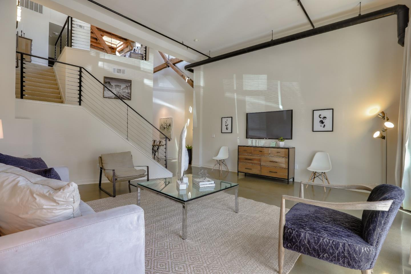 Detail Gallery Image 1 of 1 For 536 Manzana Pl, San Jose,  CA 95112 - 1 Beds   2 Baths