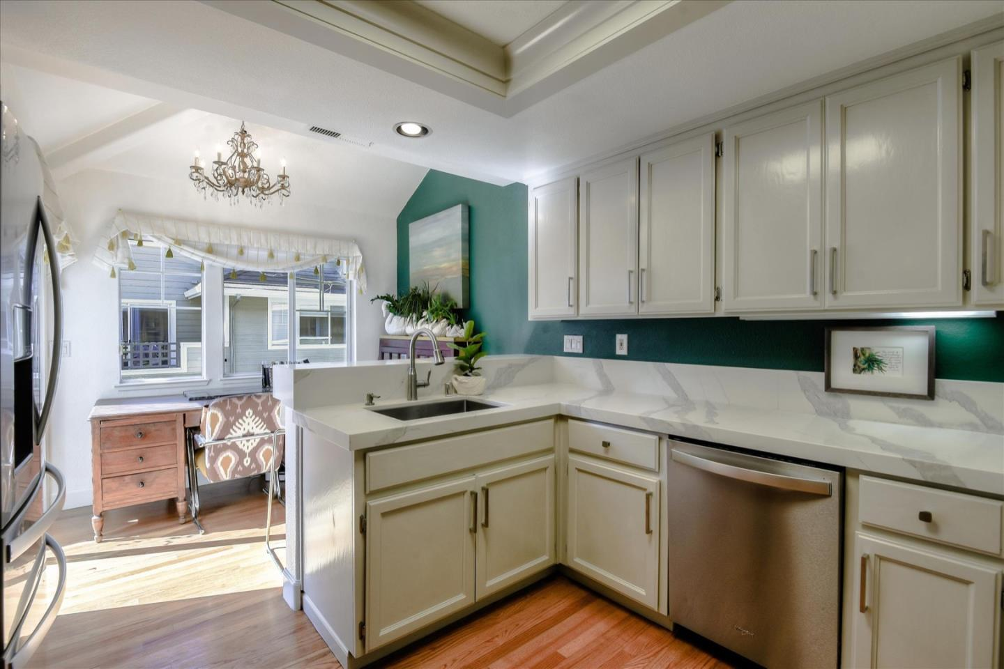 Detail Gallery Image 1 of 1 For 539 Mill River Ln, San Jose,  CA 95134 - 3 Beds | 2/1 Baths