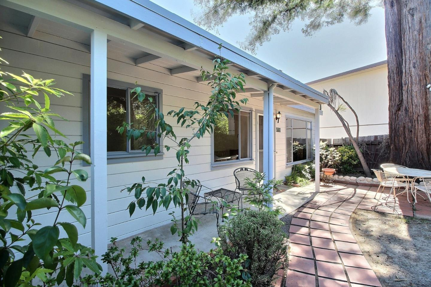 Detail Gallery Image 1 of 1 For 2732 Monserat Ave, Belmont,  CA 94002 - 3 Beds | 1/1 Baths