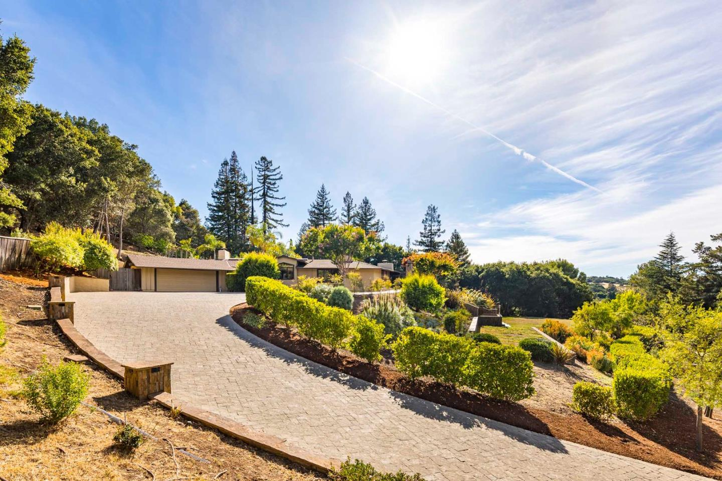 Detail Gallery Image 1 of 1 For 11275 Summit Wood Rd, Los Altos Hills,  CA 94022 - 4 Beds   3 Baths