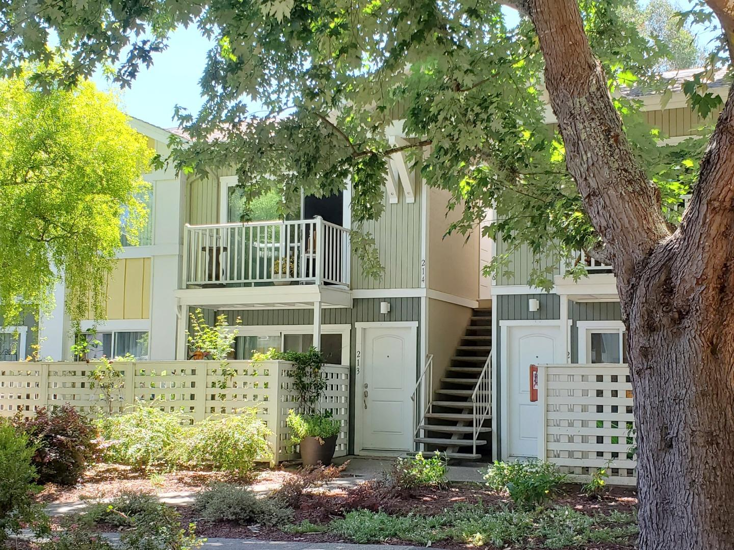 Detail Gallery Image 1 of 1 For 755 14th Ave #214, Santa Cruz, CA 95062 - 2 Beds | 1 Baths