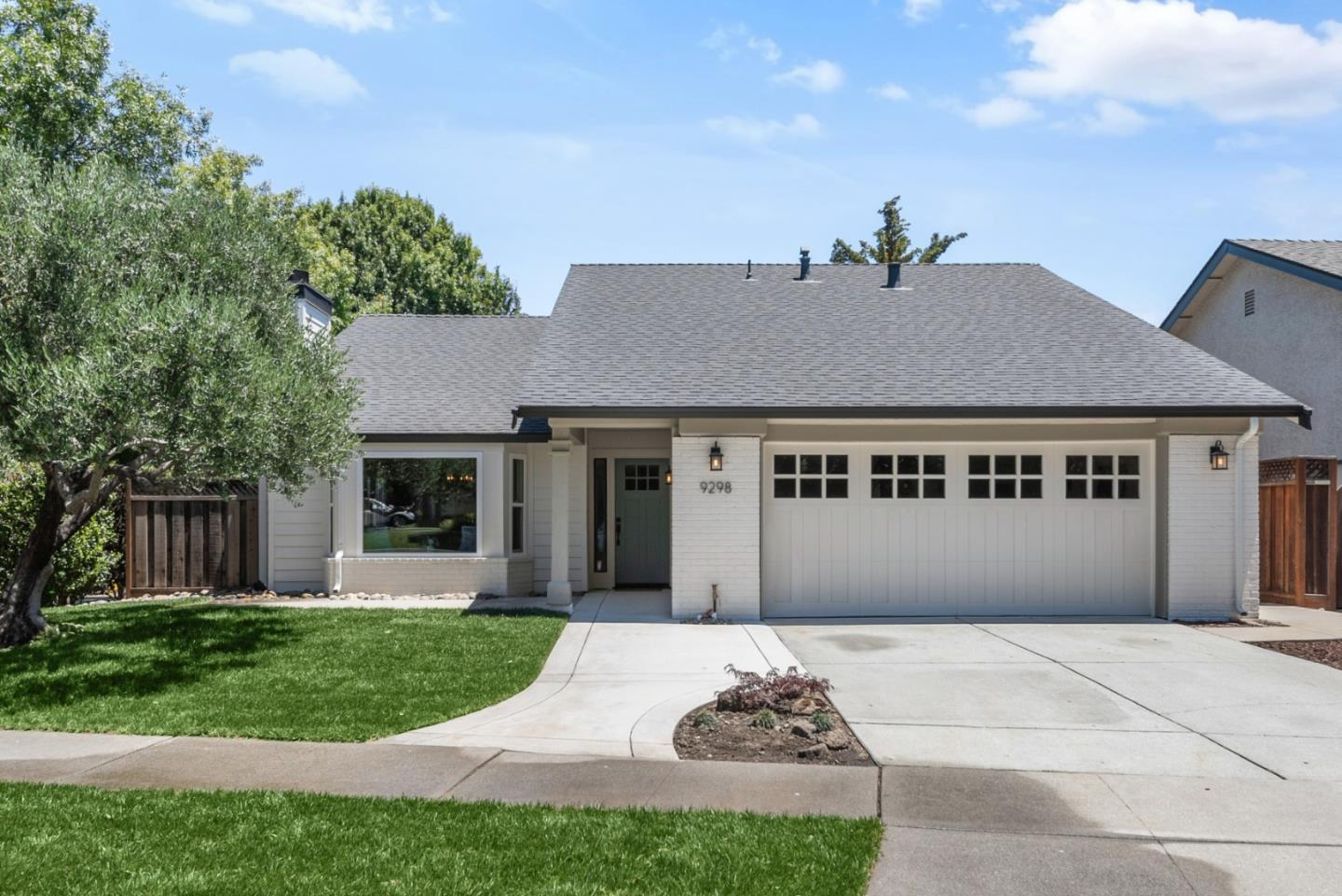 Detail Gallery Image 1 of 1 For 9298 Calle Del Rey, Gilroy,  CA 95020 - 3 Beds   2 Baths
